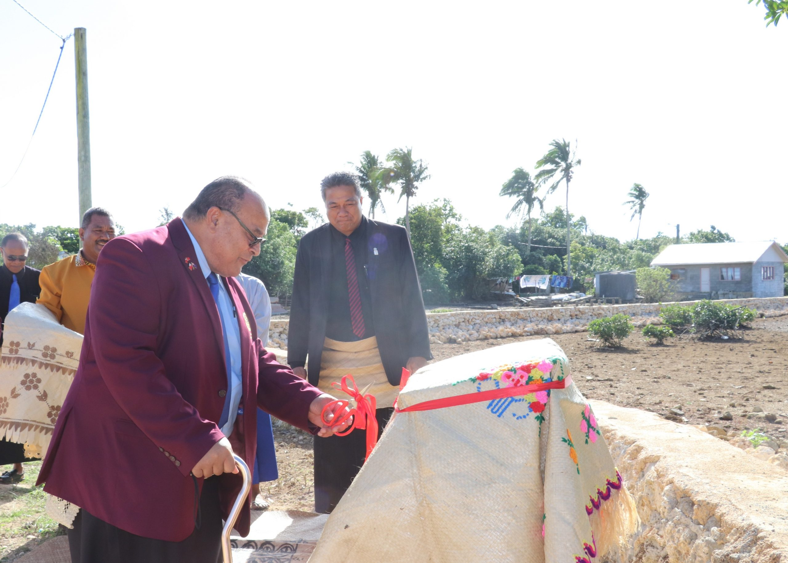 Prime Minister of Tonga Hon. Rev. Dr Pohiva Tu'i'onetoa commissioned the new seawall for 'Ahau last Friday afternoon.